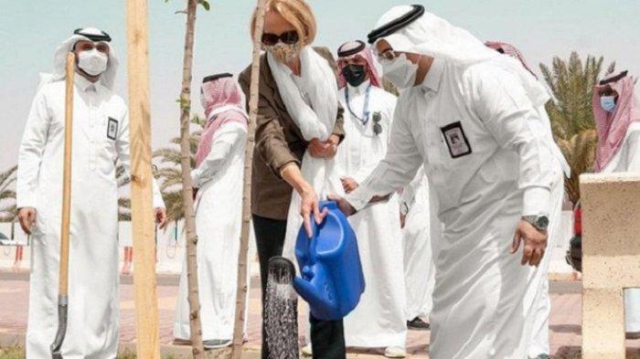 AS Puji Arab Saudi, Berhasi Hijaukan Wilayah Gurun Tandus Al-Jouf
