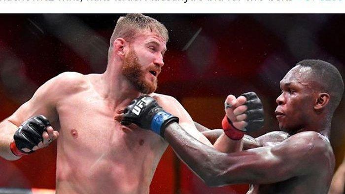 Hasil UFC 261 - Chris Weidman Patah Kaki usai Tendang Lutut Uriah Hall yang Sekeras Beton