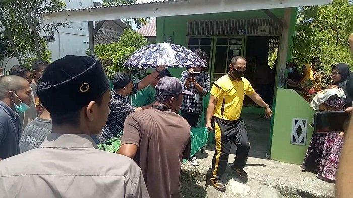 BREAKING NEWS -  Pembunuhan Sadis di Lamjabat Banda Aceh, IRT Ditikam Bertubi-tubi dengan Pisau