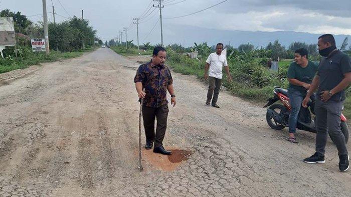 Jalan Cot Irie - Limpok Rusak Parah, Muchlis Zulkifli: Tahun Ini Saya Minta Segera Diperbaiki