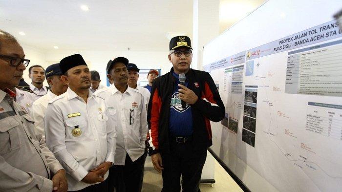 Plt Gubernur Aceh dan Bupati Aceh Besar Tinjau Kemajuan Pembangunan Jalan Tol Banda Aceh - Sigli