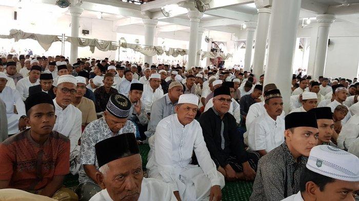 Simak, Niat dan Tata Cara Sholat Ied Idul Fitri, Ketentuan Jika Ditunaikan Berjamaah & Sendiri