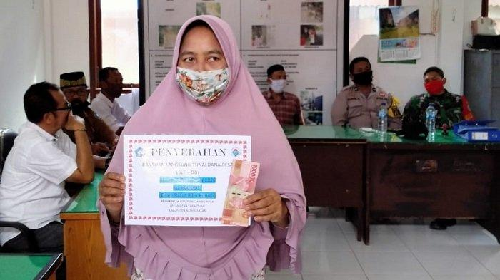 Gampong Jambo Apha Aceh Selatan Salurkan BLT-DD Tahap III