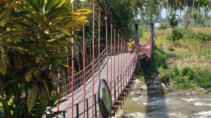 Jembatan Gantung Balee Panah Bireuen Berusia 23 Tahun, Warga Harap Diganti Jembatan Rangka Baja