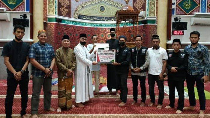 Jamaah Masjid Oman dan Aceh Bantu Rp143 Juta untuk Palestina, Disalurkan Melalui ACT