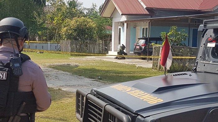 Granat Sengaja Diletakkan di Ban Mobil Agar Meledak Saat Dilindas, Polisi Usut Pelaku dan Motifnya