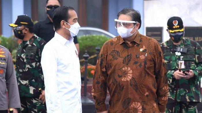 Jokowi dan Airlangga Hartarto Tinjau Vaksinasi Massal Seniman dan Tokoh Agama di DIY dan Jateng