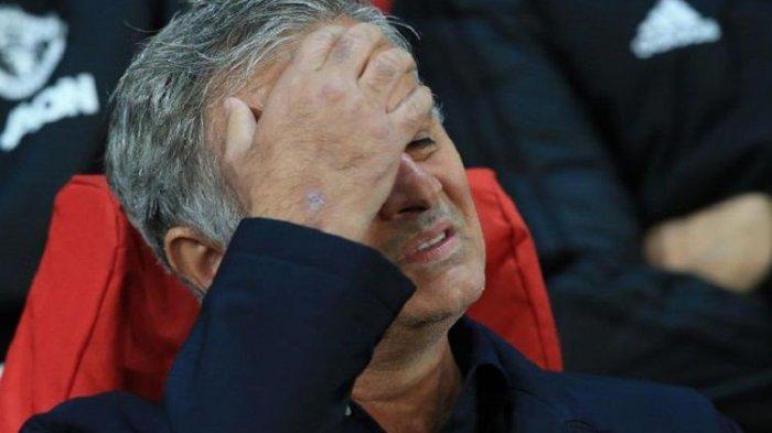 Mengejutkan! Tottenham Hotspur Pecat Jose Mourinho dari Jabatan Pelatih