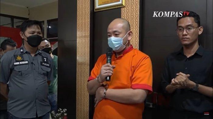 JT, Pelaku penganiayaan terhadap perawat di RS Siloam Sriwijaya, Palembang.