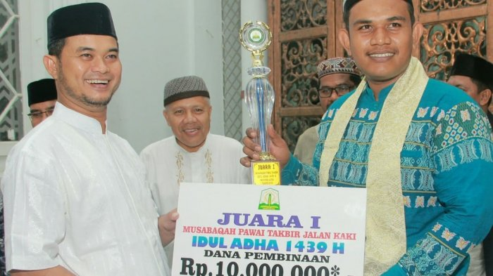 Remaja Masjid Al-Furqan Mibo Juara Pawai Takbir Idul Adha 1439 H