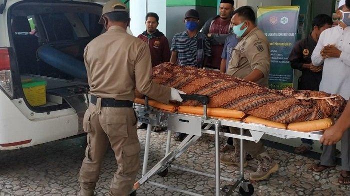 Sekeluarga Kecelakaan Sepmor, Ayah dan Anak Selamat, Istri Meninggal Dalam Perjalanan ke Rumah Sakit