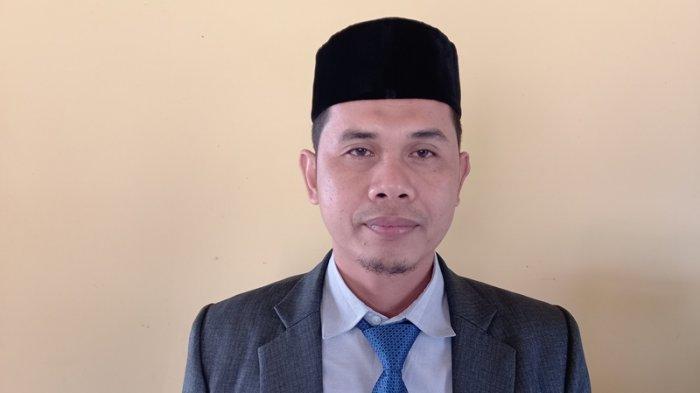 KMP Teluk Singkil Oleng, Saat dari Labuhan Haji ke Simeulue, Penumpang Panik, Barang Dibuang