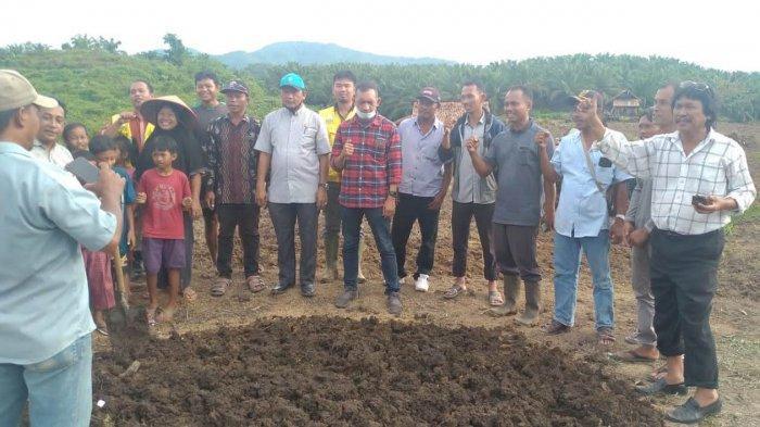 Petani Minta Diajarkan Membuat Pupuk Organik