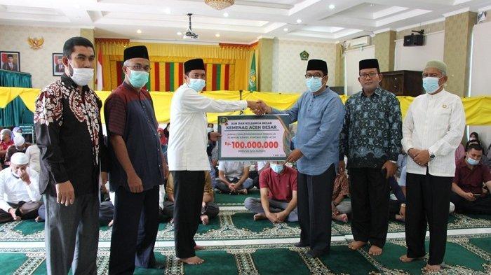Kemenag Aceh Besar Bantu Rp 100 Juta Bangun Mushalla Al-Ikhlas