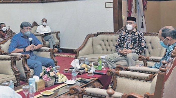Pertemuan Gubernur dan Rektor USK Kita Apresiasi