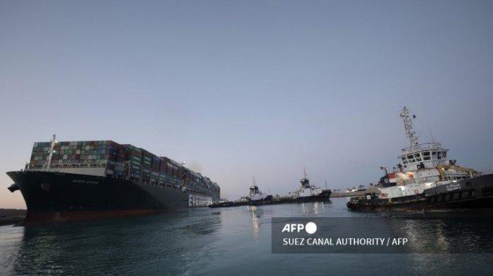Kapal Ever Given yang Blokir Terusan Suez Berhasil Ditarik