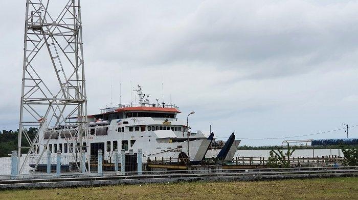 Cuaca Buruk Landa Perairan Barsela Aceh, Kapal Feri tidak Berlayar di Simeulue