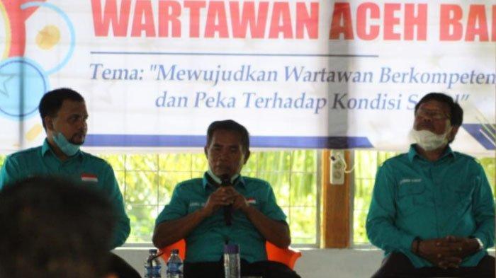 Bupati Abdya Jadi Pemateri Pelatihan Wartawan, Akmal Ibrahim: Wartawan Harus Merdeka dan Bebas