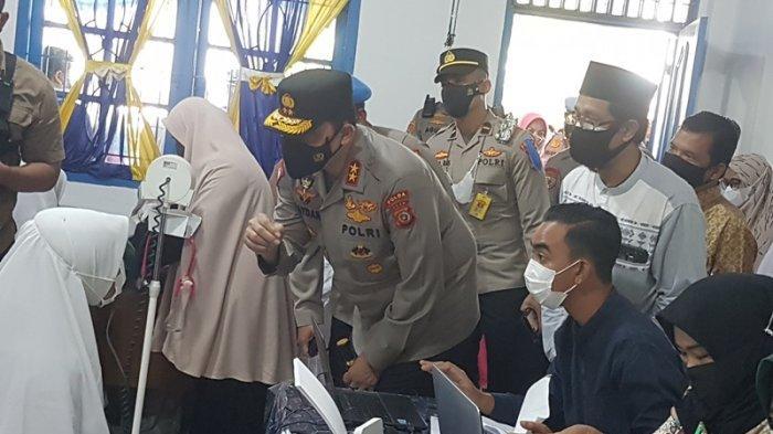 Kapolda Aceh Kunker ke Langsa, Juga Pantau Vaksinasi Siswa di SMA Muhammadiyah dan Serahkan Sembako