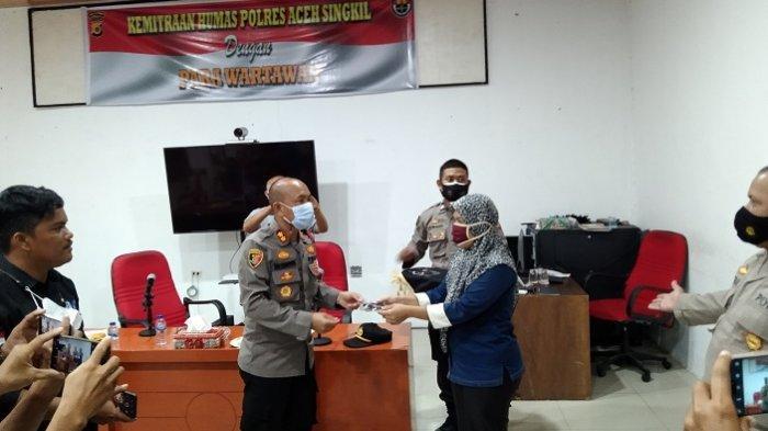 Silaturahmi dengan Wartawan, Kapolres Ajak Jurnalis Promosikan Potensi Aceh Singkil