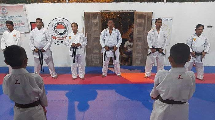 Kajari Lhokseumawe Buka Kegiatan Pembaiatan Murid Karate Perguruan KKI