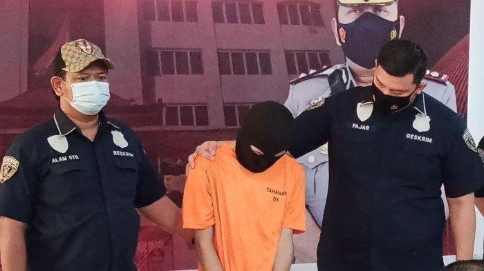 Muncikari Jual Bocah SD via MiChat, Korban Nyaris Layani Tiga Pria di Apartemen, Polisi Cepat Datang