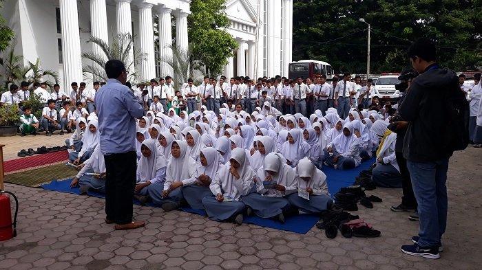 Tag Berita Banda Aceh Dinas Kesehatan Aceh Gelar Bakti Sosial Di Sekolah Sekolah Serambi Indonesia