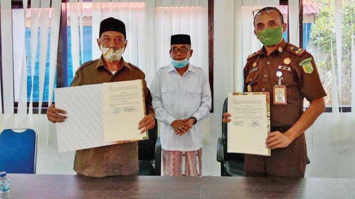 Kejari dan Baitul Mal Aceh Besar Tanda Tangani Kesepakatan Bersama