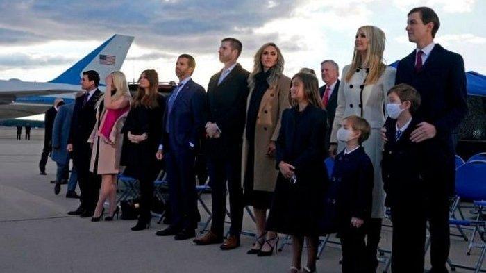 Bisnis Keluarga Besar Trump Ikut Hancur Dihantam Gelombang Tsunami Virus Corona