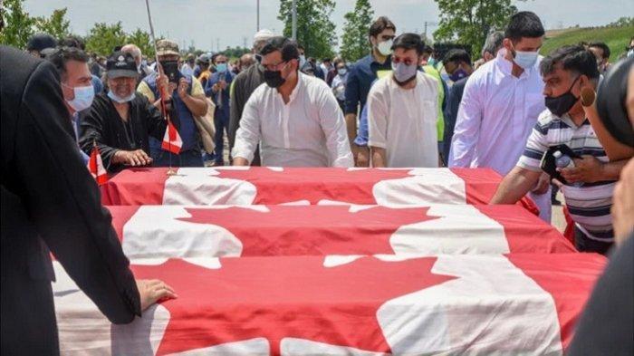 Ratusan Warga Makamkan Korban Tabrakan Satu Keluarga Muslim di Kanada