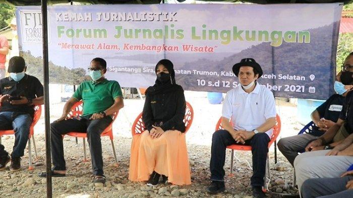 Mahasiswa Ikut Pelatihan Jurnalisme Lingkungan