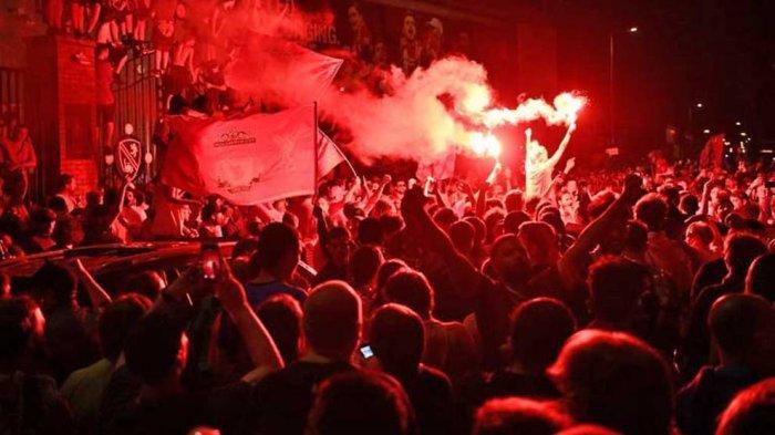 Ribuan Suporter Kembali Hadir ke Stadion Anfield, Jurgen Klopp Akui Sangat Emosional
