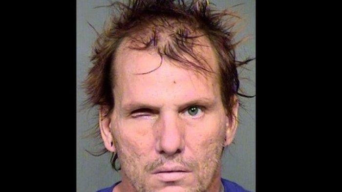 Pria ini Dihukum 29 Tahun Penjara, Terbukti Penggal Istrinya hingga Tewas dan Dua Anjingnya