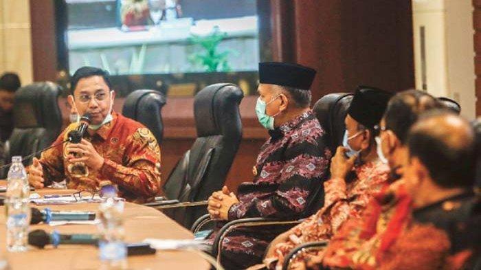 OJK Imbau Perbankan Jaga Layanan Selama Libur Hari Raya Idul Fitri