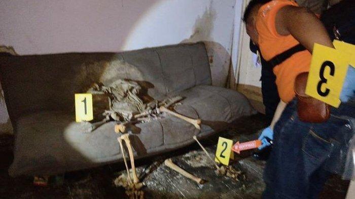 Heboh Kerangka Manusia Dalam Keadaan Duduk di Sofa Rumah Kosong