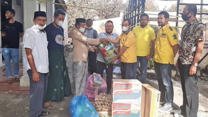 Golkar Banda Aceh Bantu Korban Kebakaran di Beurawe
