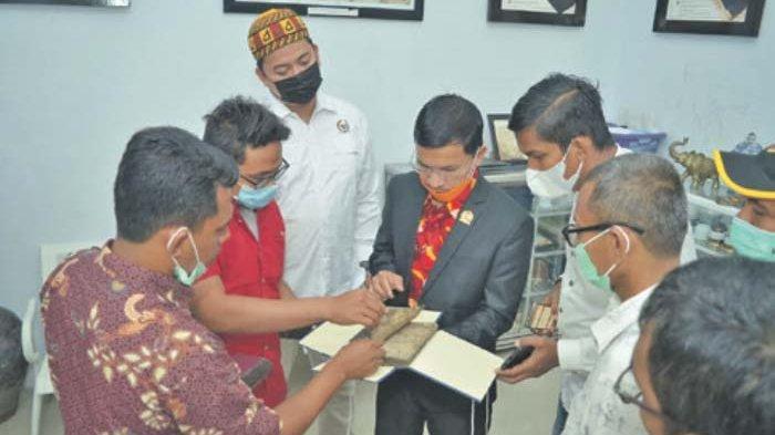 PKS Banda Aceh Sambangi Rumoh Manuskrip Aceh