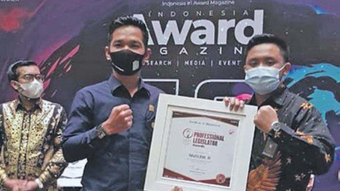 Ketua DPRK Aceh Jaya Anggota Dewan Paling Inspiratif