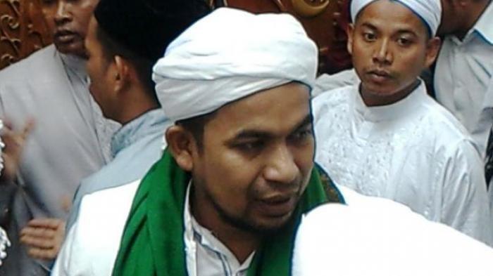 Tanggapi Pengkritik 'Nonmuhrim Dilarang Duduk Semeja', FPI Aceh: Pakai Iman, jangan Pakai Nafsu