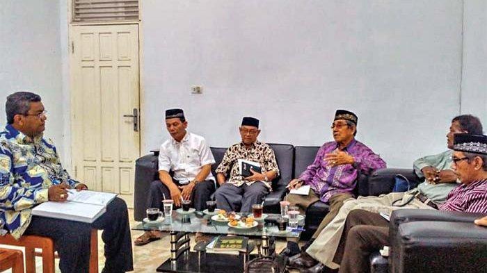 Plt Gubernur Dilaporkan ke Ombudsman Aceh