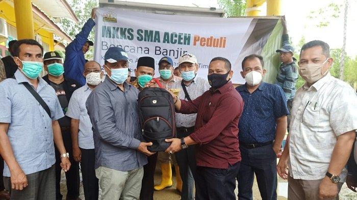 MKKS-SMA Aceh Salurkan Bantuan Korban Banjir