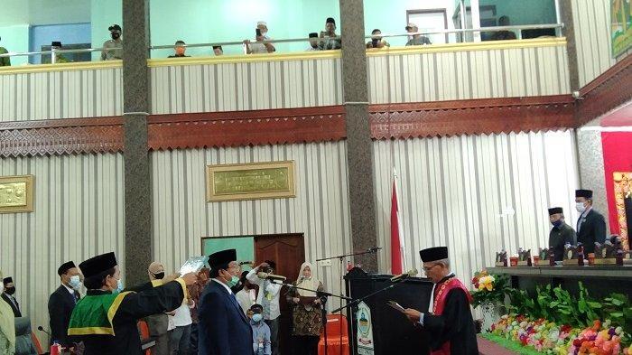 Sah! Mantan Bupati Aceh Singkil jadi Wakil Ketua DPRK, Ini Alasan Pelantikan Terlambat