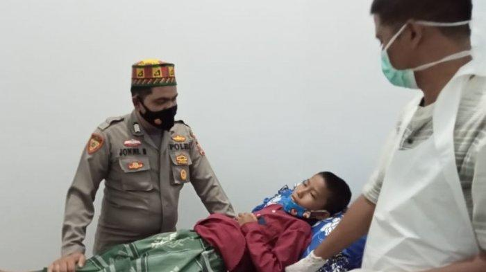30 Anak Yatim di Pidie Jaya di Khitan dan Dapat Santunan
