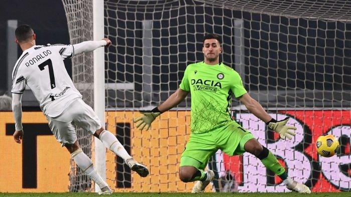 Tak Mau Diganti,  Cristiano Ronaldo Gertak Pelatih Andrea Pirlo