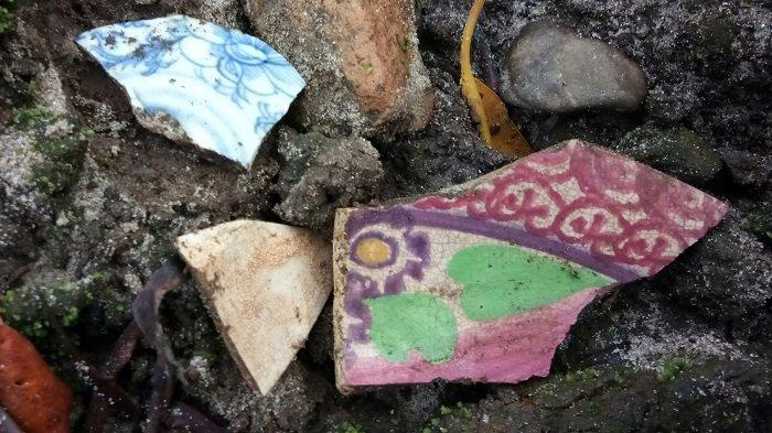Pecahan Tembikar Sisa Peradaban Singkil Lama, Ditemukan di Dekat Muara