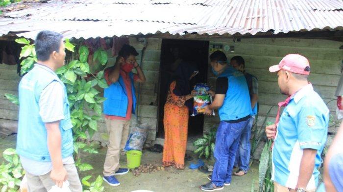 KNPI Subulussalam Bagikan Ratusan Sembako Untuk Jompo, Anak Yatim dan Disabilitas