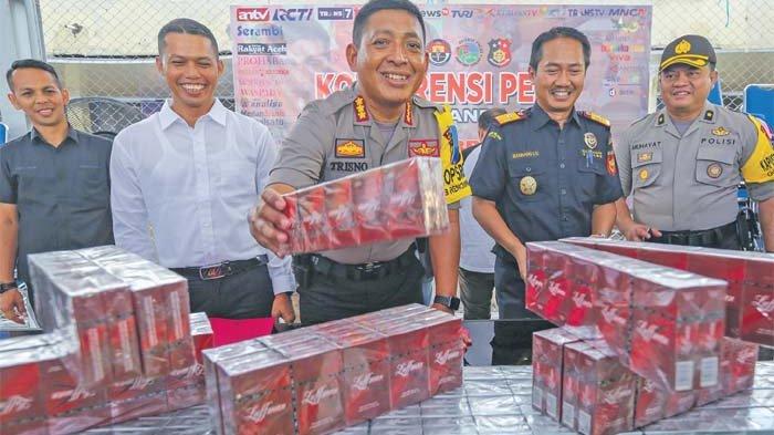 Bea dan Cukai Sita Rokok Ilegal, Sopir Ditangkap