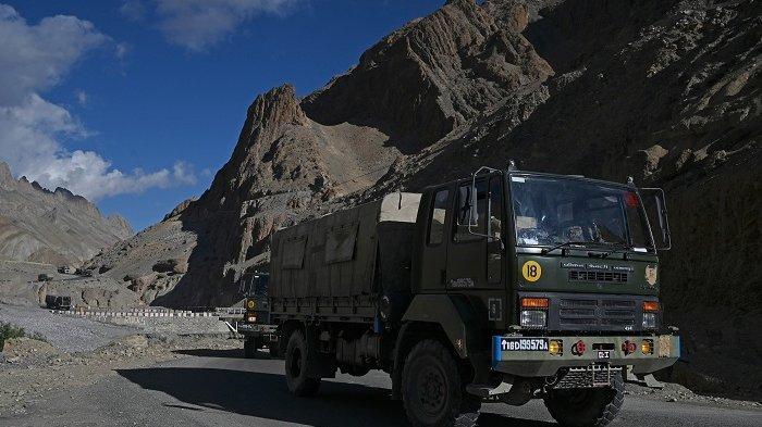 Tentara India Siapkan Pakaian Khusus Kedap Air Hadapi China di Lembah Galwan