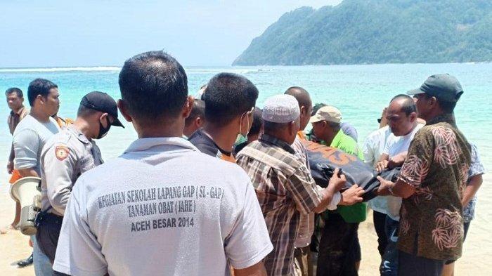 Terjatuh ke Laut Saat Mancing di Pasie Langee Lampuuk, Kepala MIN Lampisang Ditemukan Meninggal