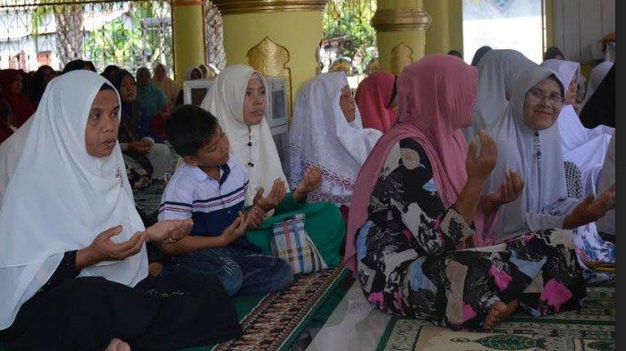Zikir dan Doa Bersama Warnai Peringatan 14 Tahun Tsunami di Nagan Raya